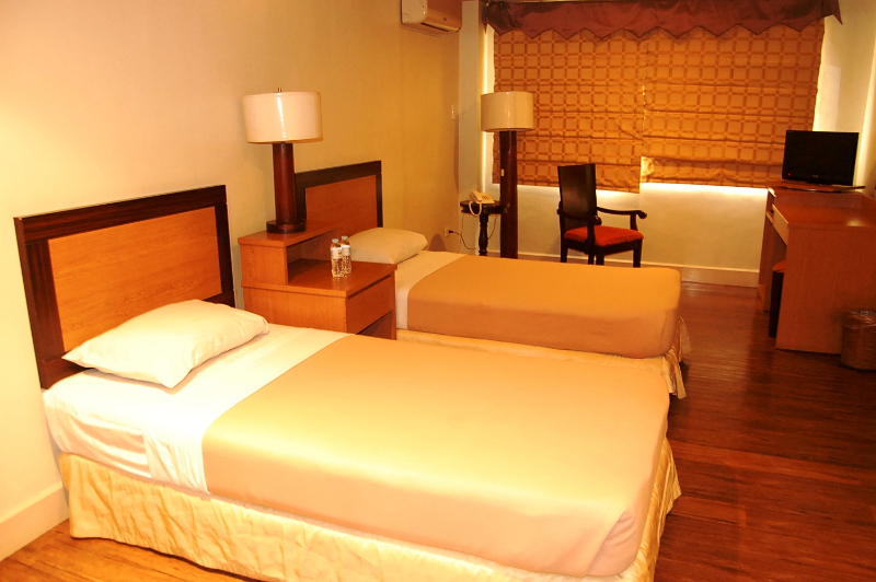 Our Rooms Holiday Park Hotel Baguio City